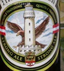 La Lanterna su un'etichetta della birra Pale Ale